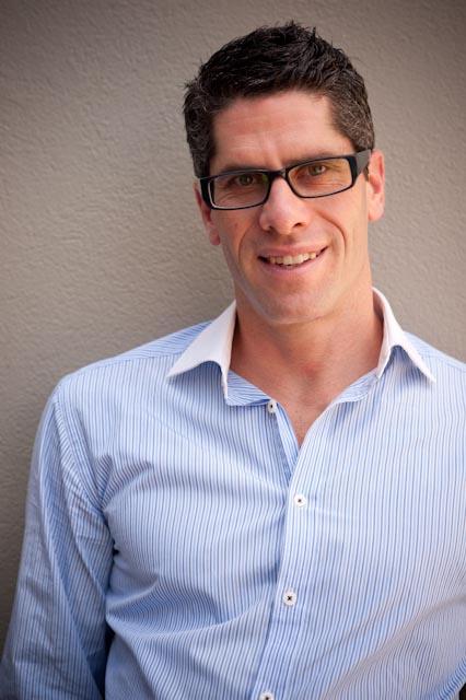 Dr Neil Israelsohn